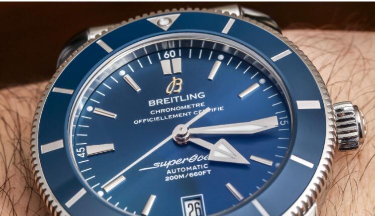Breitling Superocean Heritage B20